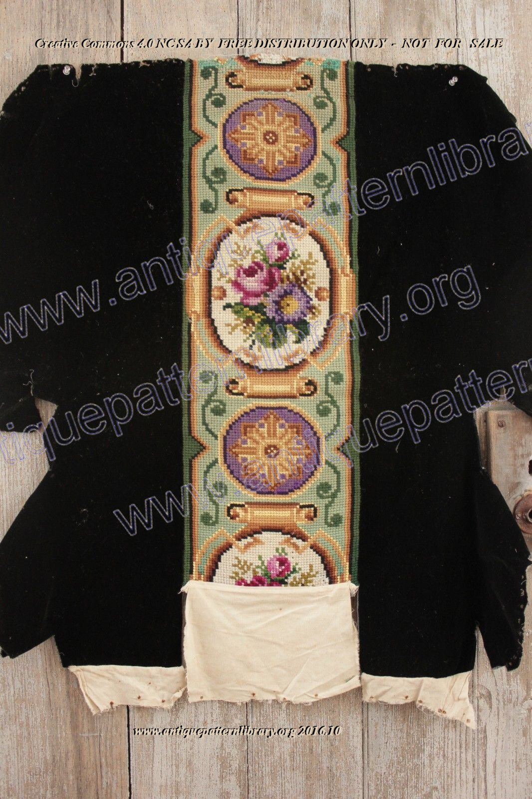 G-LL003 Floral vertical border design for a chair